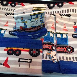 NWT construction vehicle towel set!